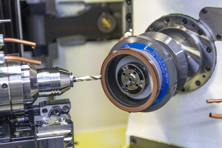 Rund 6000 Werkzeuge werden wöchentlich bei Miller in Originalqualität nachgeschliffen. Bild: Mapal/c-Com