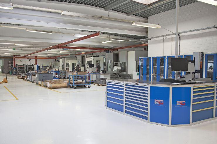 Im Maschinenpark von MWG werden mit moderner Technik und Software auf über 2600 Quadratmetern Einzel- und Serienteile gefertigt. Bild: Ceratizit