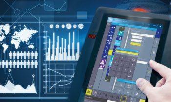 Das mobile Panel »HGW 1033« von Sigmatek bietet Bedienfreiheit und lässt sich mit verschiedenen Maschinen koppeln. Bild: Sigmatek
