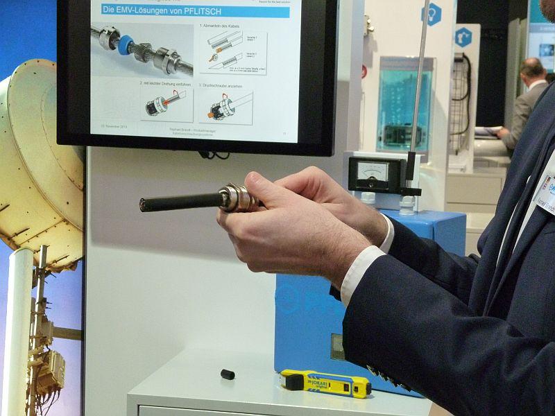 Die EMV-Kabelverschraubung von Pflitsch ist einfach in der Montage. Bild: Kuhn