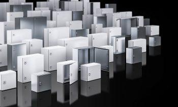 Zu den Ausstellungs-Highlights zählten die neuen Klein- und Kompaktgehäuse »AX« und »KX«. Bild: Rittal