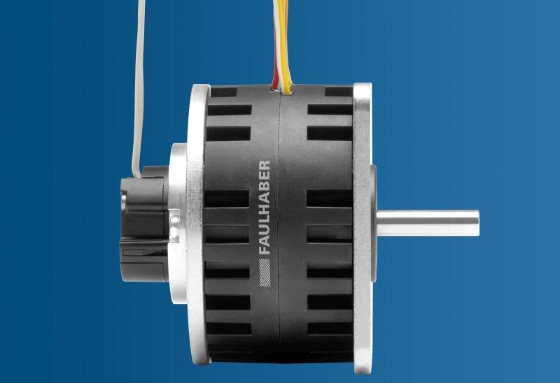 Die IE3 Encoder-Kompatibilität wurde auf große Scheibenmagnet-Schrittmotoren erweitert. Bild: Faulhaber