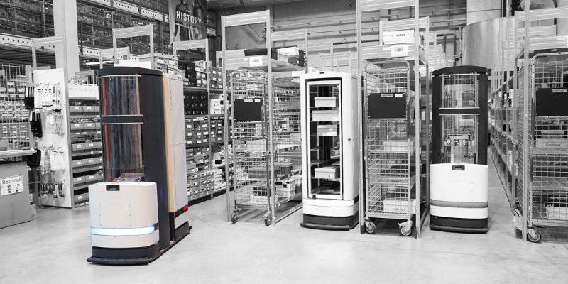 Der Logistik-Roboter »Toru« kombiniert autonomes Fahren mit Handlingsrobotik. Sowohl das Ausfahren der Zunge als auch das Bewegen des Greifarms übernehmen bürstenlose DC-Servomotoren von Faulhaber (Bild: Magazino).