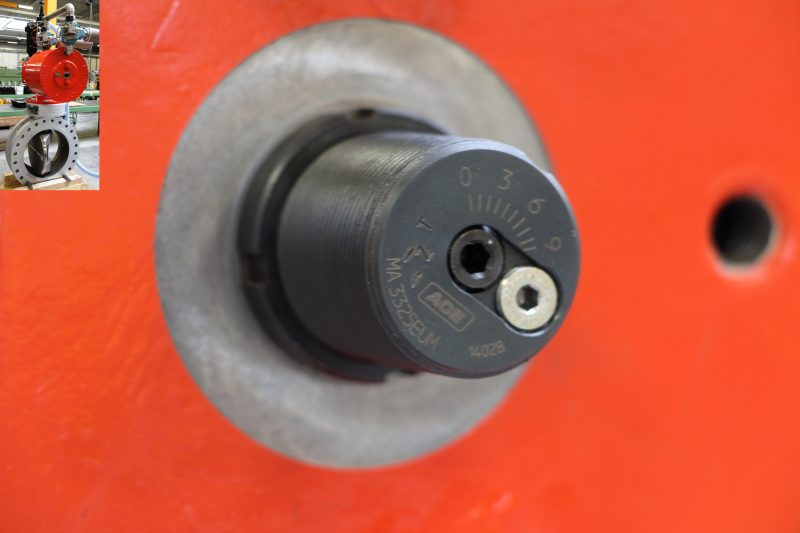 Von der Doedijns Group International (DGI) konstruierter Aktor mit integriertem, einstellbarem ACE-Industriestoßdämpfer für ein Kompressorpaket einer Erdgasraffinerie (Bild: DGI).