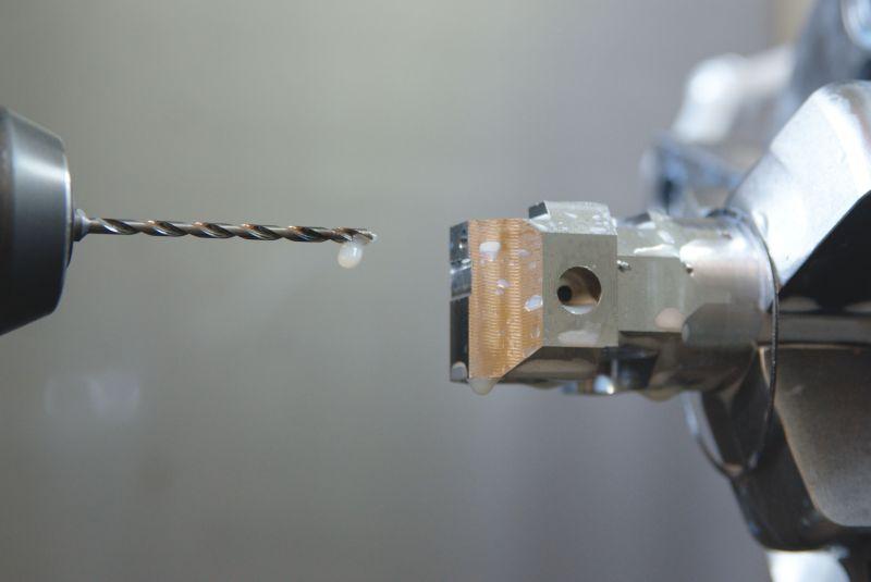 Zum Bohren tiefer und schlanker Bohrungen stehen im Standardwerkzeugportfolio spiralisierte VHM-Tieflochbohrer zur Verfügung (Bild: Walter).