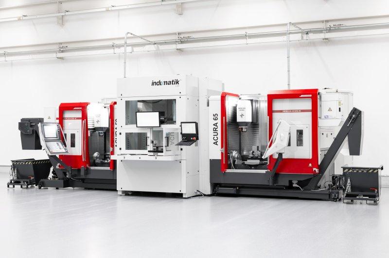 Mit der Automationslösung können beide Bearbeitungszentren 24/7 automatisiert durchlaufen (Bild: Hedelius).