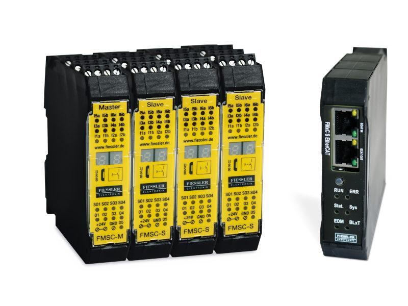 Links die neue modulare Sicherheitssteuerung, rechts das Ethercat-Modul (Bilder: Fiessler).