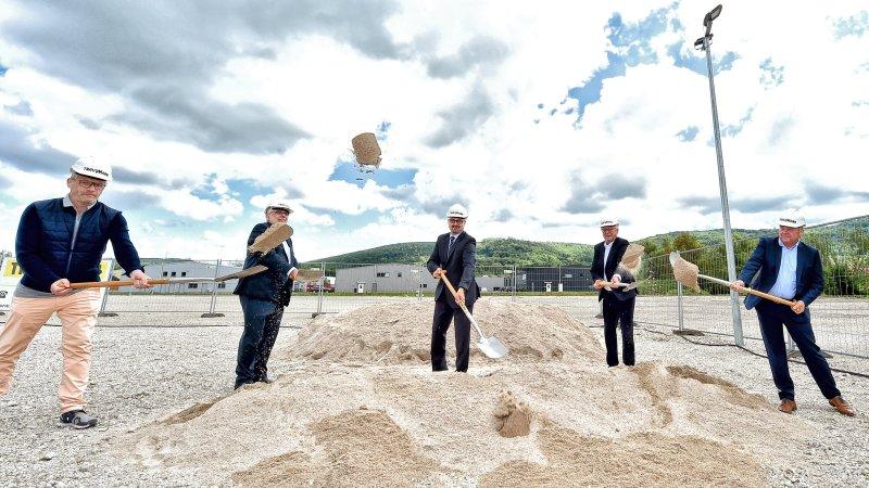 Am 20. Mai erfolgte der Spatenstich für das neue Gebäude (Bild: Iscar).