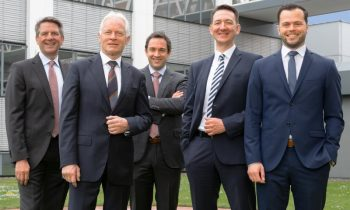 V. l. n. r.: Helmut Nüssle, Martin Kapp, Michael Kapp, Michael Bär und Matthias Kapp (Bild: Kapp Niles).