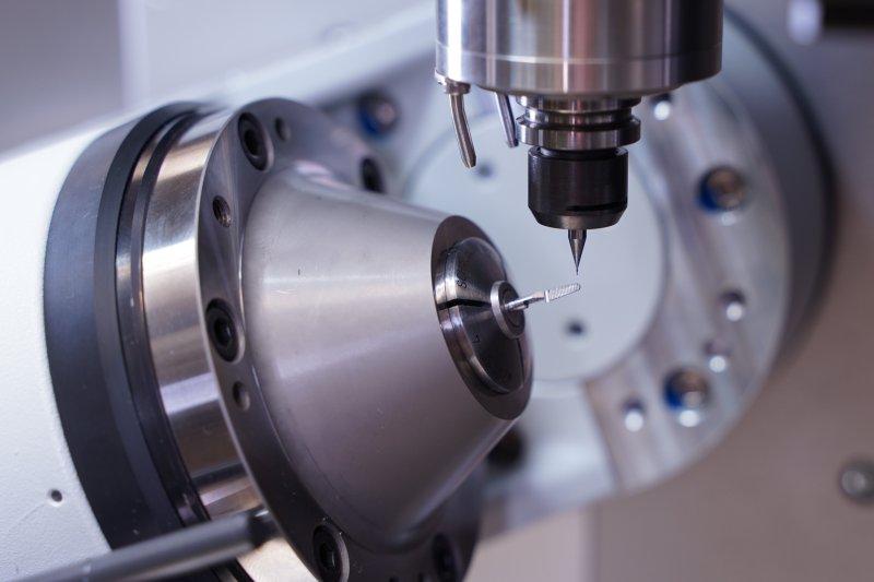 Minimalmengenschmierung und Luftkühlung senken den Energieverbrauch (Bild: Zorn Maschinenbau).
